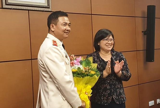 Đoàn ĐBQH Thành phố Hồ Chí Minh chúc mừng ông Nguyễn Minh Đức