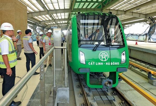 43 chuyên gia Trung Quốc làm đường sắt Cát Linh - Hà Đông đươc nhập cảnh vào Việt Nam