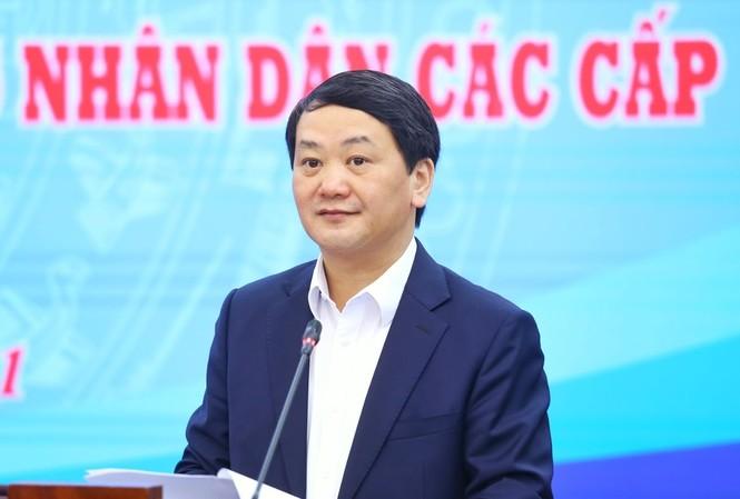 Phó Chủ tịch Uỷ ban T.Ư MTTQ Việt Nam Hầu A Lềnh