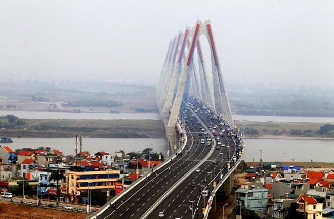 Thành phố Hà Nội yêu cầu thay quảng cáo trên cầu và đường Nhật Tân bằng chủ đề quan hệ Việt – Nhật