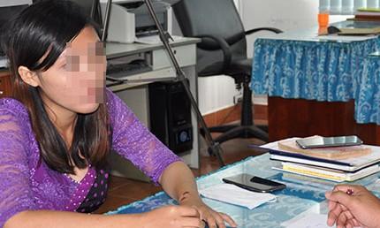 Chị Phụng trình báo tại Cơ quan Cảnh sát điều tra Công an huyện Kiên Lương
