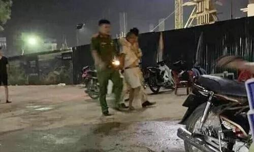 Đối tượng Thái bị lực lượng khống chế sau khi đâm CSGT làm nhiệm vụ