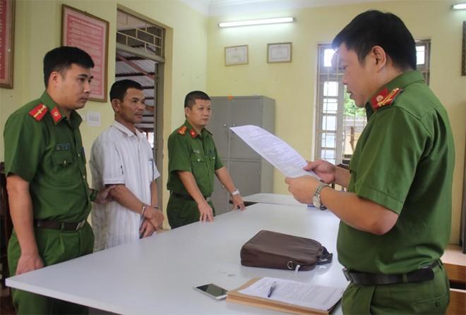 Cơ quan Công an đọc lệnh bắt đối với Nguyễn Trọng Lộc