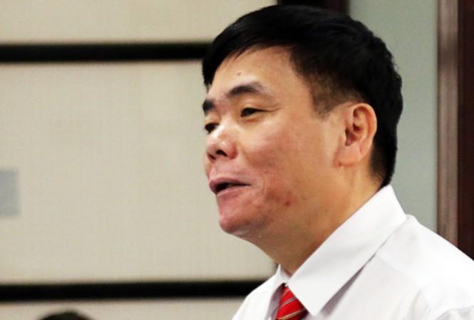 Luật sư Trần Vũ Hải tại phiên xét xử ngày 15/11