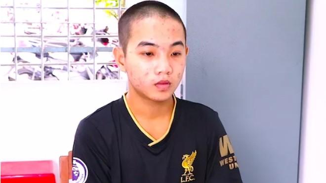 Nguyễn Anh Kiệt tại cơ quan công an. Ảnh: Công an Bình Minh
