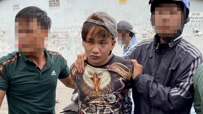 Lai Thanh Vinh bị bắt giữ để bàn giao cho công an
