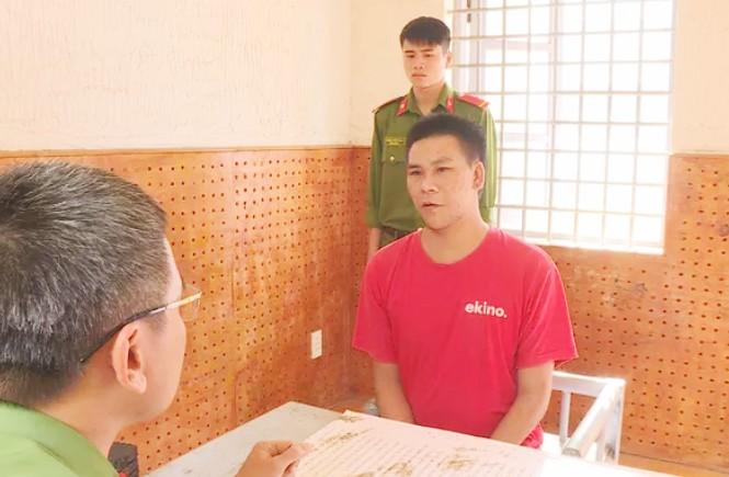 Đối tượng Nguyễn Chí Thương tại cơ quan công an