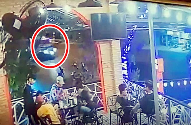 Thời điểm xảy ra tai nạn (vòng tròn đỏ). Ảnh trích xuất camera