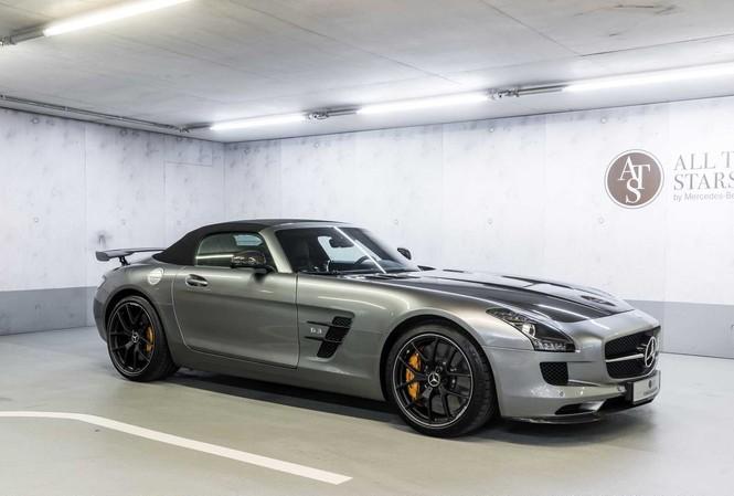 Hai xe cổ siêu hiểm của Mercedes-Benz được rao bán hàng tỷ đồng