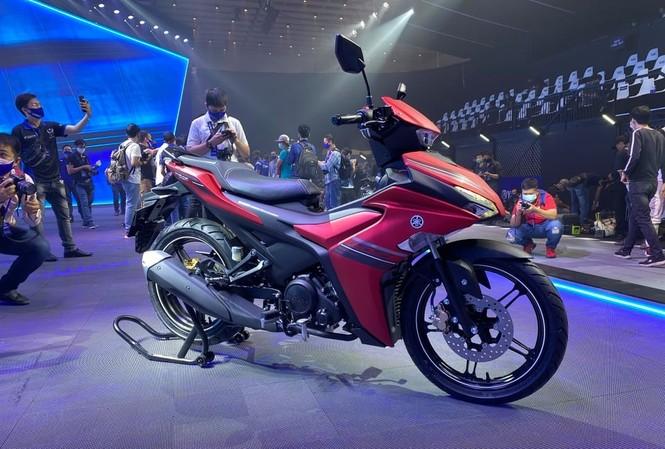 Yamaha Exciter 155 phả hơi nóng lên cuộc đua côn tay cỡ nhỏ