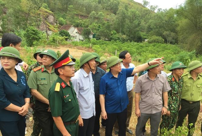 Phó Thủ tướng cho biết chưa sử dụng trực thăng để chữa cháy rừng tại Hà Tĩnh