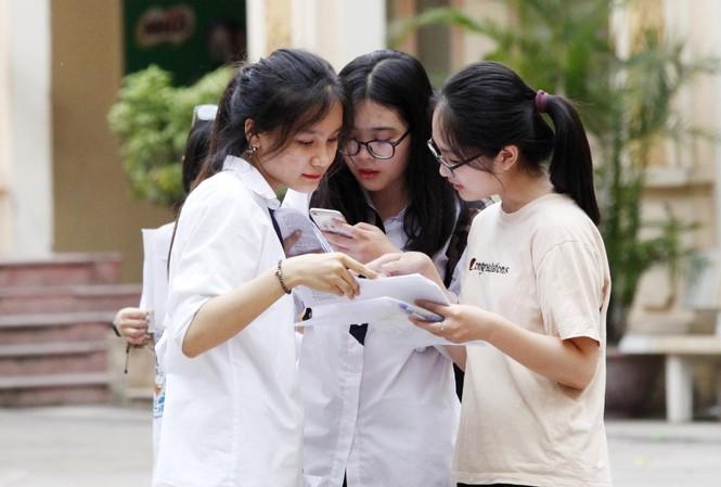 Thí sinh dự thi THPT quốc gia 2018
