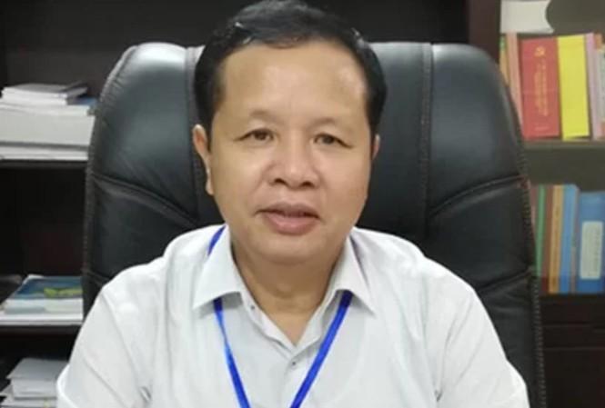 Giám đốc Sở GD&ĐT Hòa Bình ủy quyền điều hành cho cấp dưới để chữa bệnh