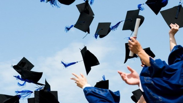 Trường ĐH nghiên cứu phải có 100 bài báo khoa học mỗi năm