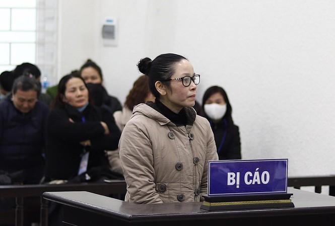 Bị cáo Nguyễn Thị Lan tại tòa.
