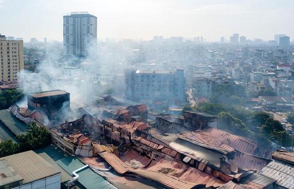 Thời điểm cháy, khoảng 15-27kg thủy ngân đã phát tán ra môi trường.