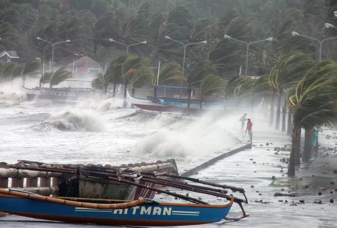Bão số 9 càn quét khi đi qua Philippines ngày hôm qua.