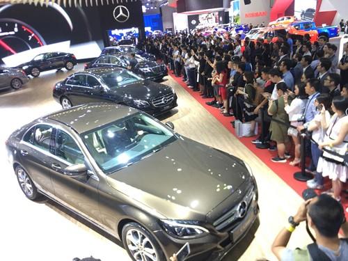 Triển lãm ô tô là dịp được Mercedes-Benz Việt Nam đặt mục tiêu bán hàng rất lớn