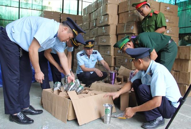 Vụ bắt giữ kho chứa 280 kiện hàng nghi giả mạo xuất xứ Thái Lan tại Lạng Sơn ngày 7/7