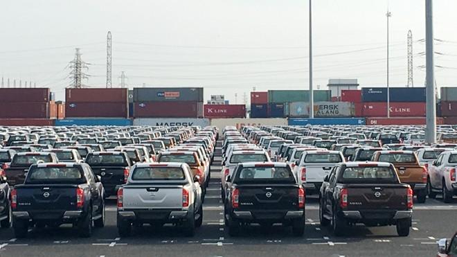 Ô tô nhập khẩu về cảng Tân Vũ, Hải Phòng. Ảnh: Tuấn Nguyễn