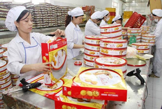 Nhiều doanh nghiệp bánh kẹo, sản xuất theo mùa vụ lo lắng sẽ bị phạt theo Nghị định 126. Ảnh minh họa