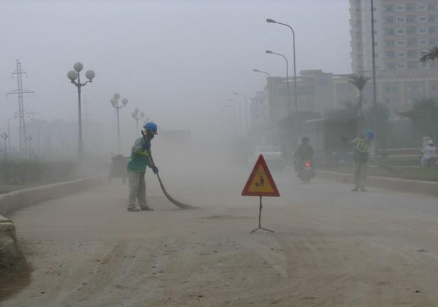 Hà Nội đối mặt với ô nhiễm không khí nghiêm trọng