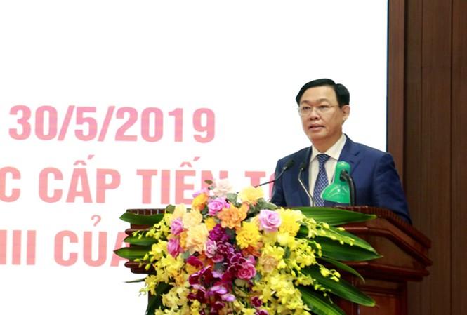 Bí thư Thành ủy Hà Nội Vương Đình Huệ phát biểu chỉ đạo hội nghị