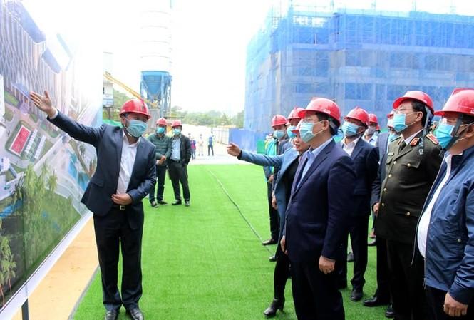 Bí thư Thành ủy Hà Nội Vương Đình Huệ kiểm tra tiến độ dự án đốt rác phát điện