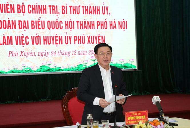 Bí thư Thành ủy Vương Đình Huệ phát biểu kết luận cuộc làm việc