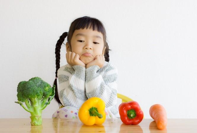 Nhiều gia đình có điều kiện nhưng con vẫn thấp bé nhẹ cân. Ảnh mang tính minh hoạ