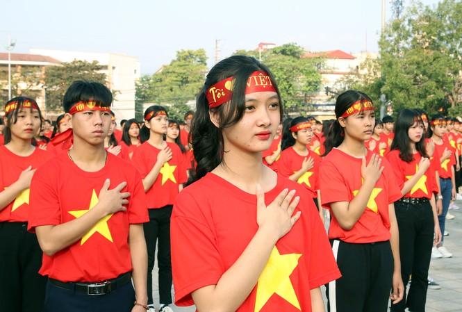 Tuổi trẻ Điện Biên tham gia Hành trình Tôi yêu Tổ quốc. Ảnh: Lâm Hải Đăng