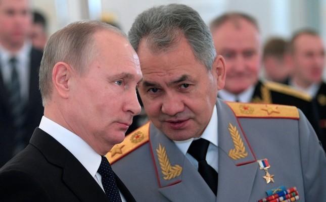 Tổng thống Putin và Bộ trưởng Quốc phòng Nga Sergei Shoigu