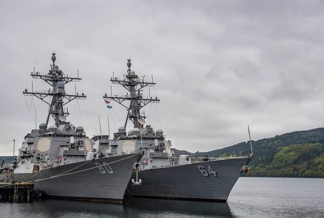 Hai tàu lớp Arleigh-Burke của Mỹ