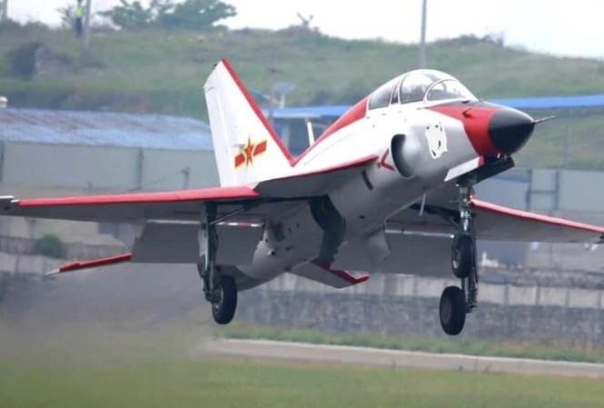 Máy bay JL-9G được nói sẽ hoạt động trên tàu sân bay Trung Quốc