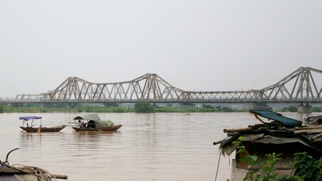 Cầu Long Biên (ảnh chụp chiều 27/2/2014).           Ảnh: như ý