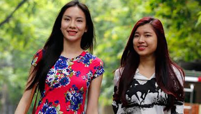 Vũ Thị Ngọc (trái) và Đồng Ánh Quỳnh
