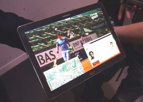 Máy tính bảng màn hình 12 inch độ phân giải 4K của Samsung.