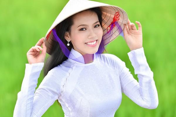 Sinh viên y dược dự thi Hoa hậu Việt Nam 2014