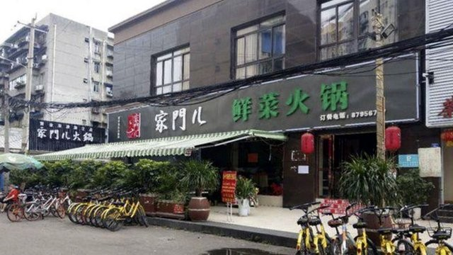 Nhà hàng lẩu ở Tứ Xuyên đã phá sản sau 2 tuần chạy siêu khuyến mãi