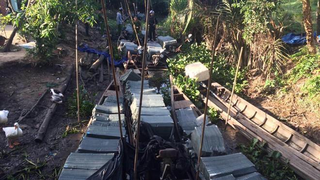 Bắt giữ 9 vạn bao thuốc lá lậu 'chèo thuyền' vào Việt Nam