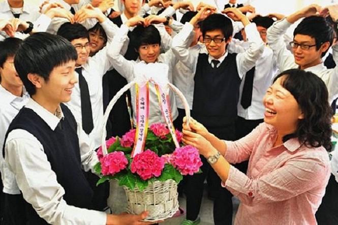 Các nước trên thế giới tôn vinh ngày nhà giáo vào dịp nào?
