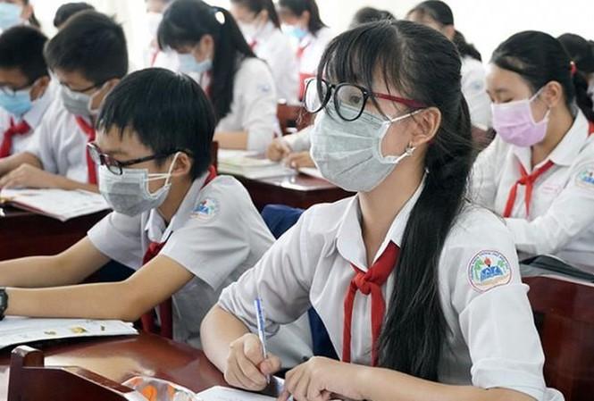 Hàng loạt trường ở Hà Nội lùi ngày tựu trường vì dịch Covid-19.