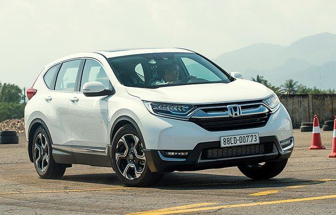 Honda CR-V tăng giá thêm 10 triệu ngay đầu năm mới.