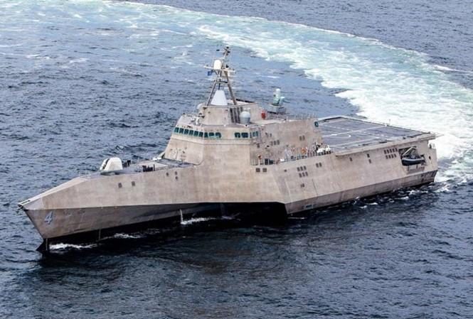 Tàu chiến ven bờ USS Coronado