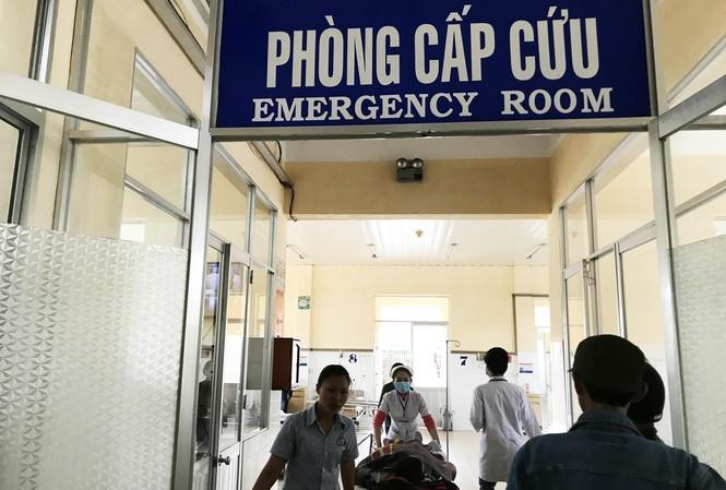 Ya Hậu được đưa vào cấp cứu tại Bệnh viện Đa khoa Lâm Đồng