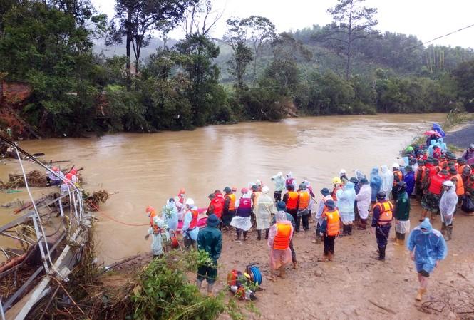 Nơi phát hiện thi thể 2 du khách bị lũ cuốn mất tích trên suối KLong KLanh.