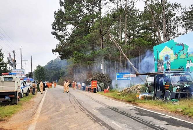Trạm kiểm tra phòng dịch COVID-19 trên quốc lộ 27C, đoạn qua huyện Lạc Dương.