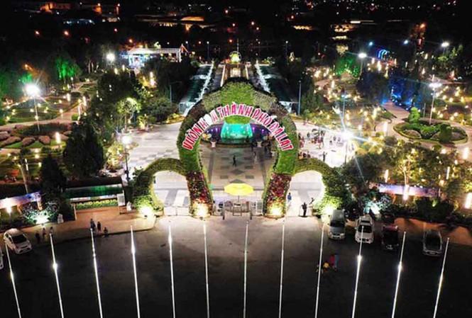 Hội ho xuân 2021 được tổ chức tại Vườn hoa Đà Lạt
