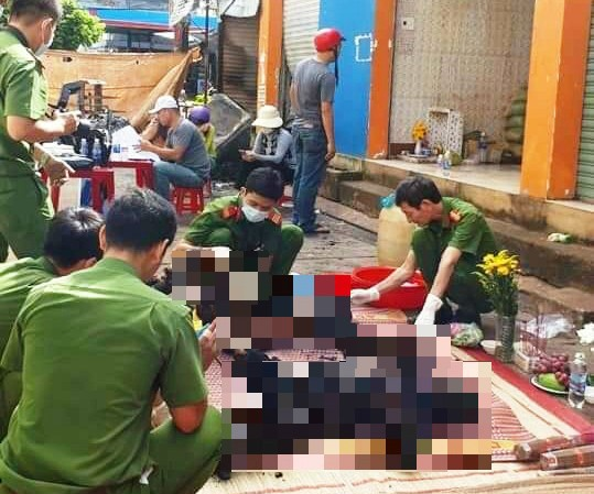 Công an khám nghiệm hiện trường vụ cháy khiến 2 cô gái bị chết thiêu