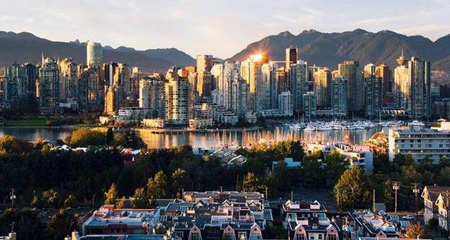 Năm 2016, giá đất tại thành phố ở Canada đã tăng 30%, nhưng giờ đây lại là một câu chuyện khác. Theo Hội đồng Bất động sản Greater Vancouver, trong năm qua, mức giá đã giảm hơn 7%.